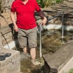 Tradycyjne miejsca dla relaksu nóg z wodą źródlaną (Knajpenlage)