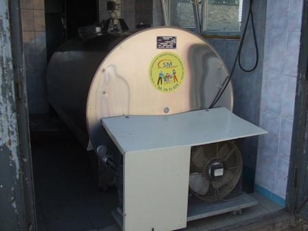 Zbiornik na mleko o pojemności 2200 litrów